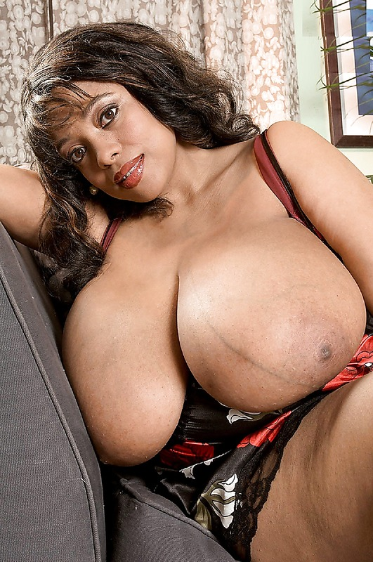 Busty blacks moms that would