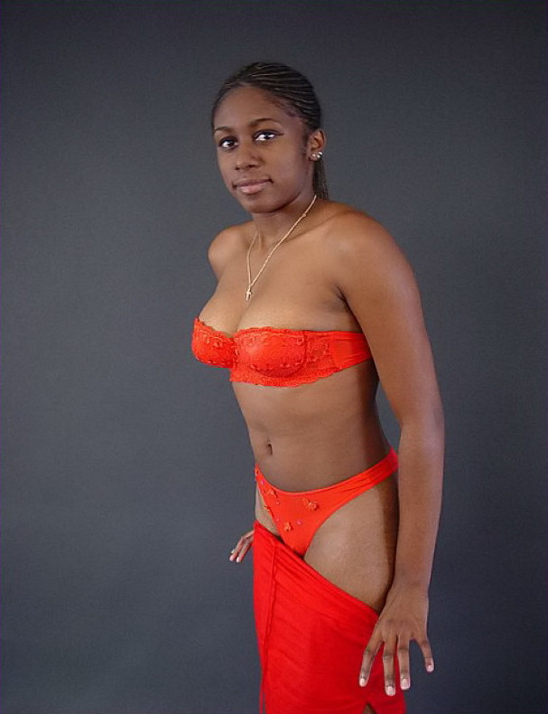 Ebony Teen Cutie Shows 44