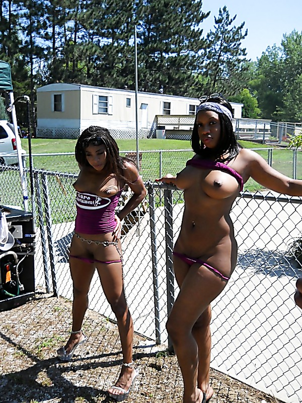 Black Women Naked In Public 7