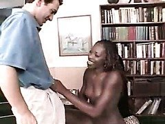 Ebony nympho Barbiee Express drilled by white man