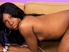 Black tgirl Mariah Davis